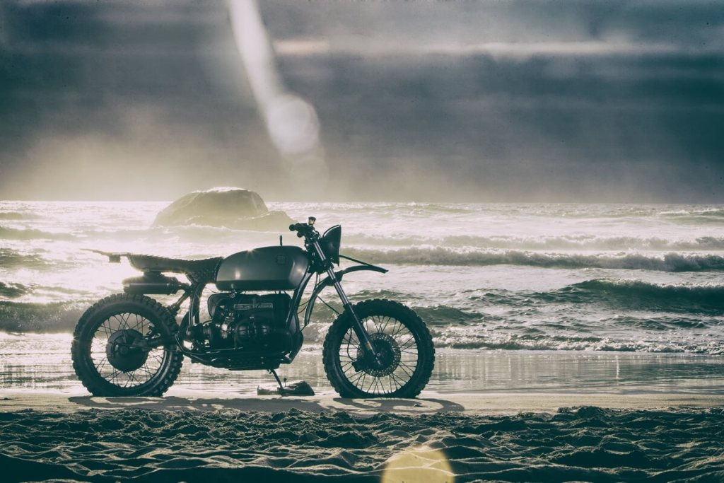 BMW R90/6 by Icon 1000