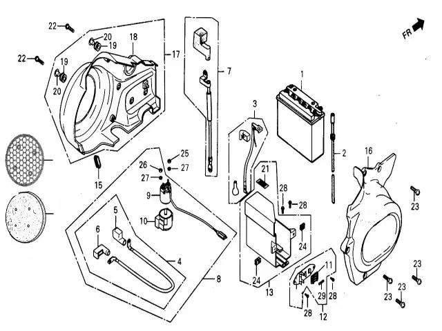 Embellecedor tapa motor derecho Daelim Daystar 125 2004-2006