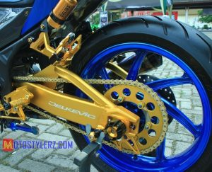 Modifikasi Yamaha R25 : Roda (Inspirasi Moge Style)