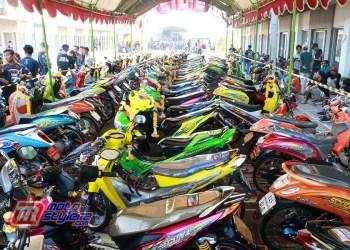 Motocontez by WWLS Zone Cirebon-Disesaki 100 Kuda Besi Nyentrik Bareng 5 Hot Category