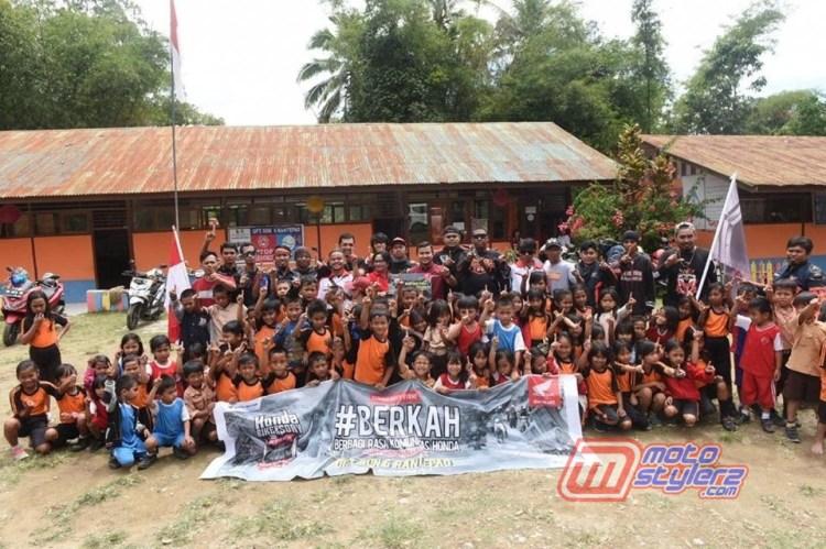 Bikers Honda Asal Sulawesi-Sukses Melaksanakan Bantuan Dana Pendidikan & Perbaikan SDN 06 Rantepao (Program Berkah Berbagi Rasa Komunitas Honda)