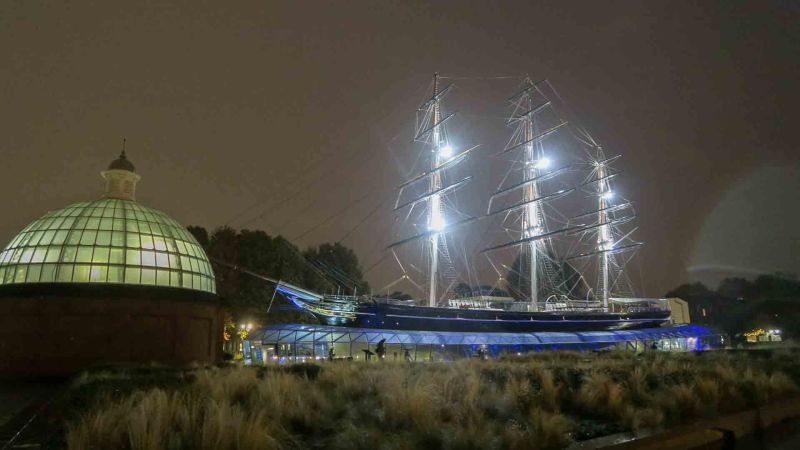 Cutty Sark and the Greenwich Foot Tunnel entry at Greenwich