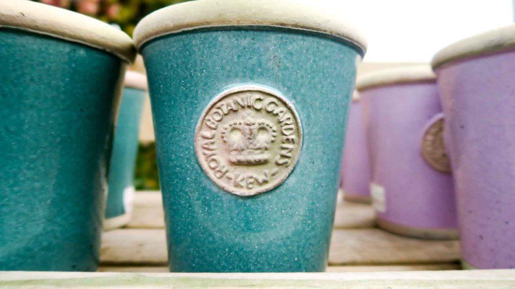 A Kew Gardens decorative flowerpot