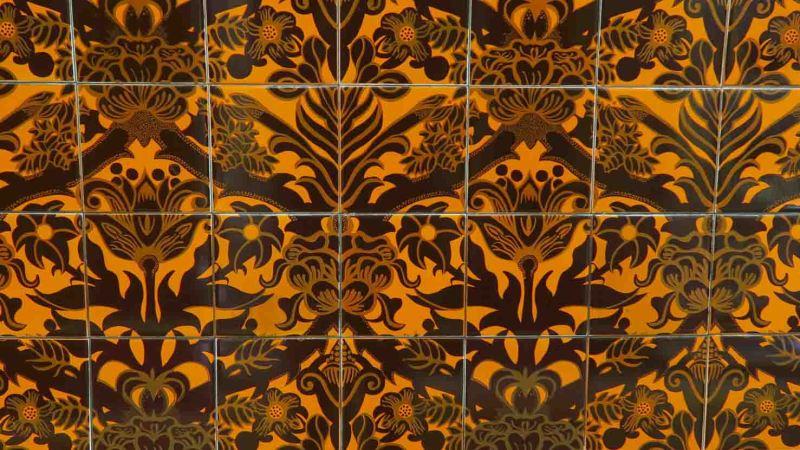 Morris pattern tiles in Walthamstow