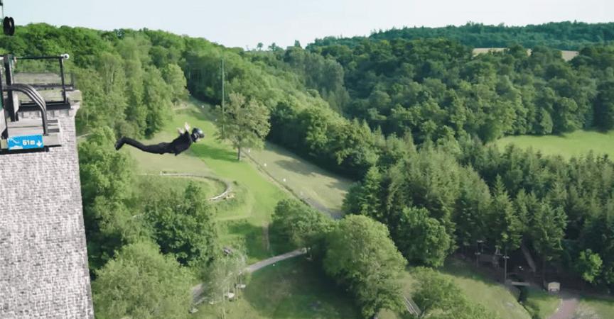 El primer bungee jumping sin cuerdas se vuelve viral