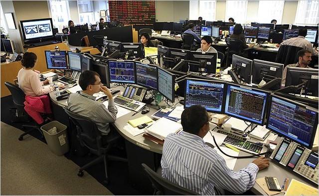 Will Alphabet's Revenue Miss Sink Stocks on April 30