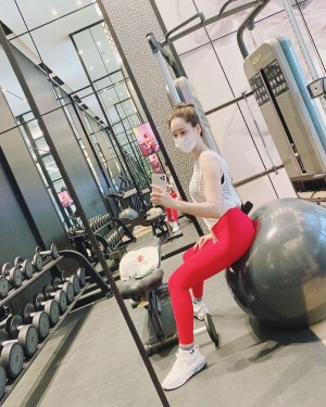 Lee Hye-won, Is she losing her weights like her husband, Ahn Jung-hwan? Even with sweat, 'Miss Korea Body Line'