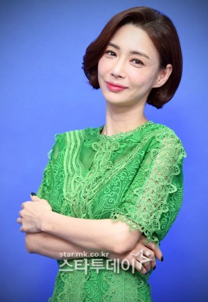 Husband of Koh Eun-mi, sentenced to 42 months in prison for fraud