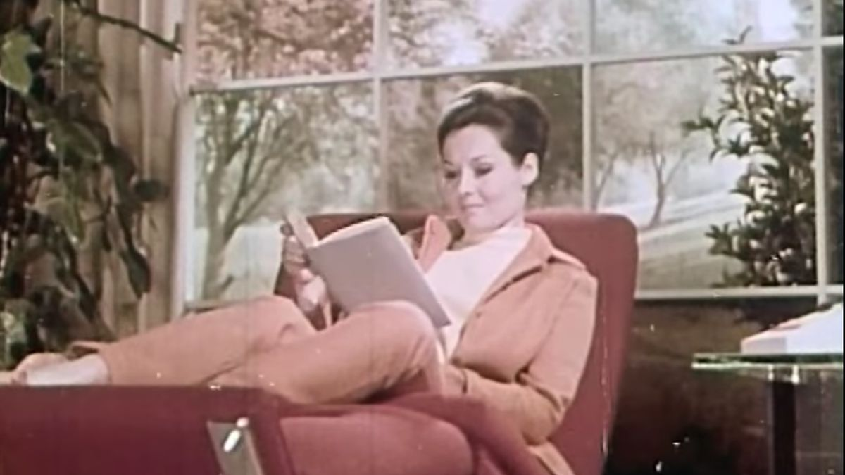 [VIDEO] 1960s Vintage Film: The Home Of The Future: Year 1999
