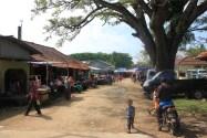 Pasar di depan Puskesmas lokasi PN