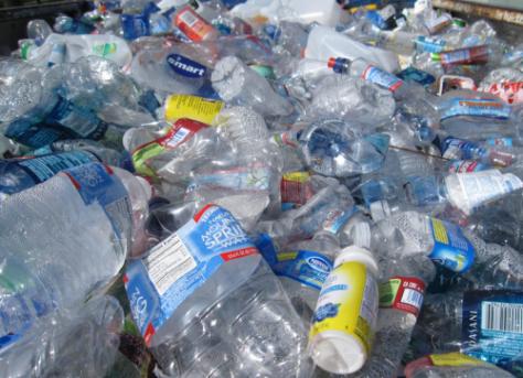 Como reciclar las botellas de plástico