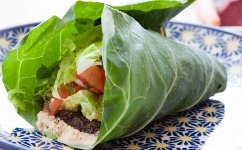 lettuce-wrap-on-plate