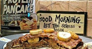 بان كيك (Pancake) بروتيني لفطور صحي 100% ولذيذ للرياضيين