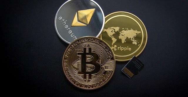 ما الفرق بين البتكوين وبقية العملات الرقمية الأخرئ وكيفية التعامل معها؟