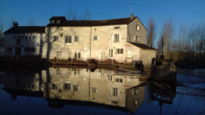 Moulin2Roues-Building-The_Mill-02