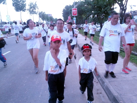 Sunset Charity Run 2013