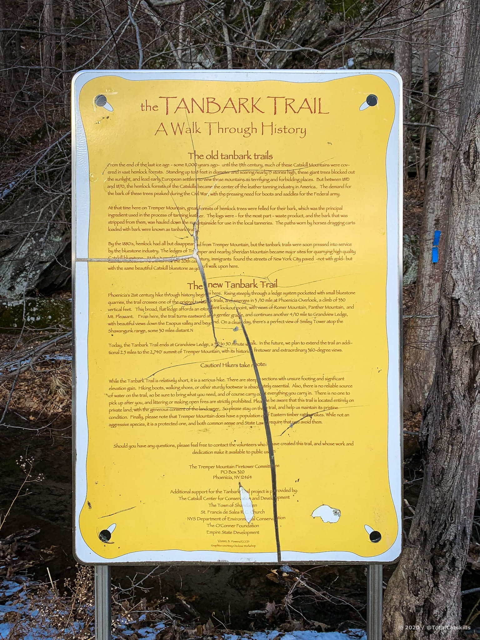 tanbark trailhead sign