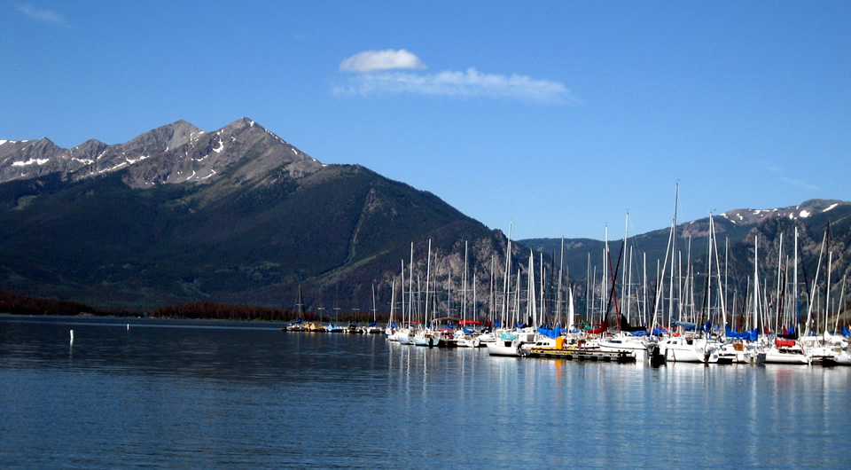 Sailboats on Lake Dillon