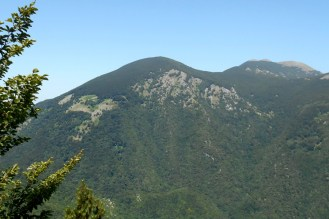 Montalto and Monte La Mula (1,935m), seen from a ridge of the Montea group