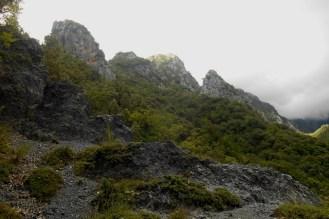 Rock formations (Valico Castel S. Noceto)