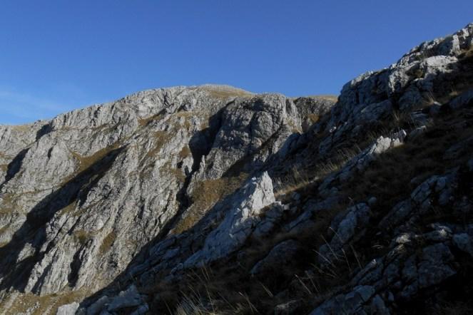 The escarpments of the Fondacone valley