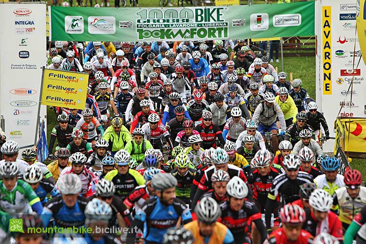 foto della partenza della 100 km dei Forti in Alpe Cimbra