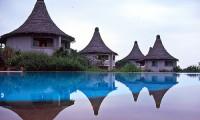 Lake-Manyara-Serena-Lodge-with-Mountain-Gurus