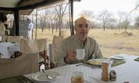 Serengeti Tented-camps-with-Mountain-Gurus