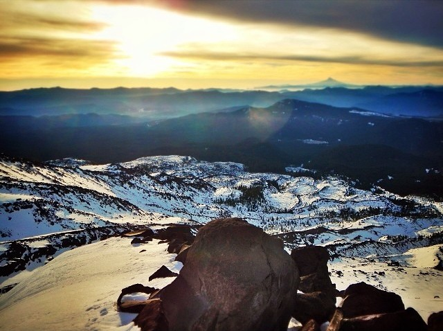 Sunrise over the Columbia River from Mt St Helens