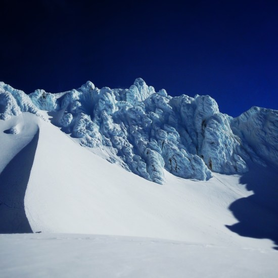 """The """"Hogsback"""" feature on Mt Hood, which leads to the """"Pearly Gates""""."""