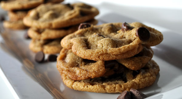 chocolate-chip-cookies-on-platter