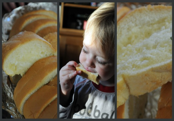 gooey-soft-garlic-bread-homemade-recipe-mountain-mama-cooks-3