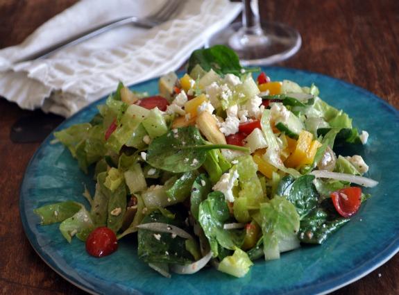 chopped-greek-salad-recipe-mountain-mama-cooks-1
