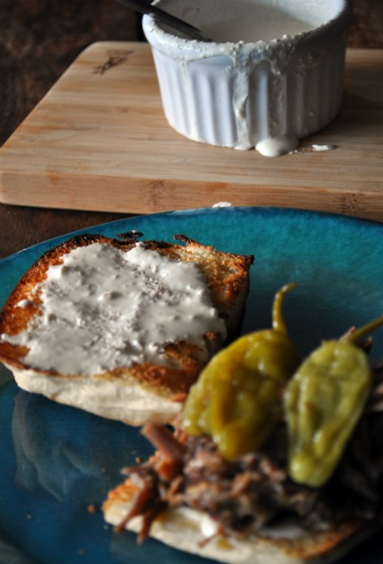 spicy-italian-brisket-sandwich-slow-cooker-recipe-mountainmamacooks