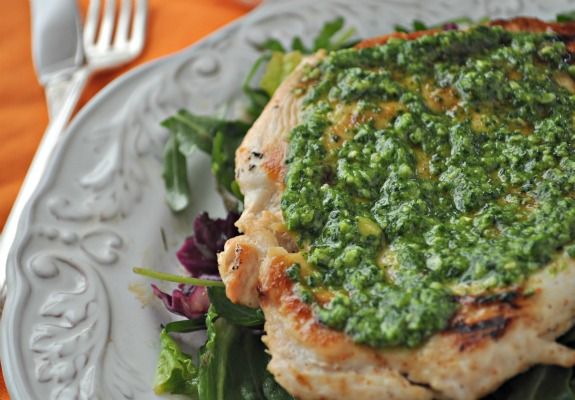 quick seared chicken with cilantro pesto, mountain mama cooks