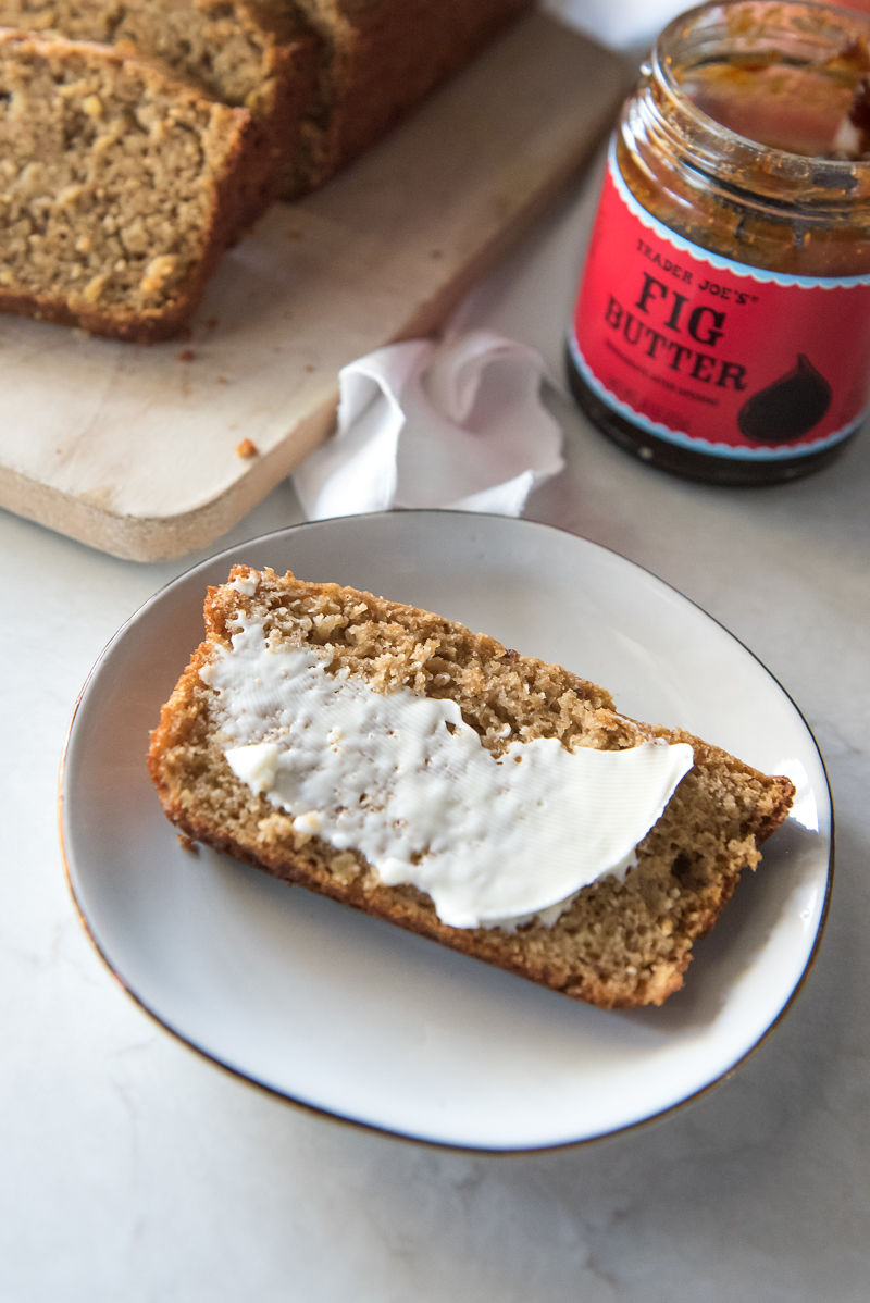Apple Fig Bread | www.mountainmamacooks.com