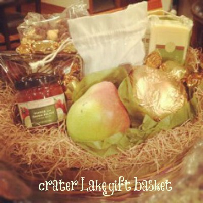 Crater Lake Gift Basket from Harry & David, www.mountainmamacooks.com