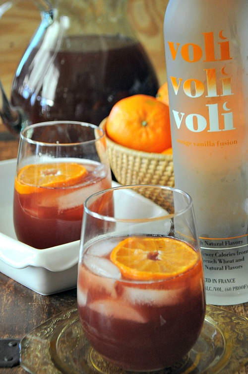 Mulled Cranberry Juice with Vodka and Citrus, www.mountainmamacooks.com