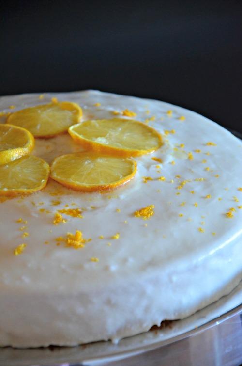 Greek Yogurt Lemon Cake, www.mountainmamacooks.com #recipe #highaltitudebaking