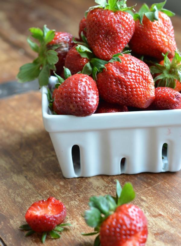 organic strawberry chia seed jam, www.mountainmamacooks
