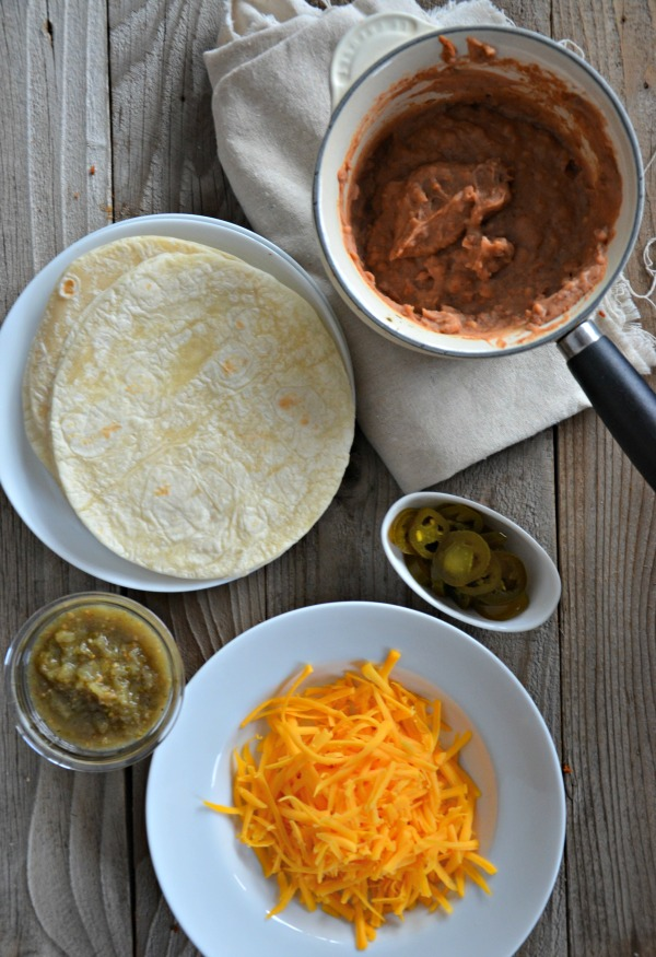 Crispy Bean and Cheese Taco Recipe | www.mountainmamacooks.com