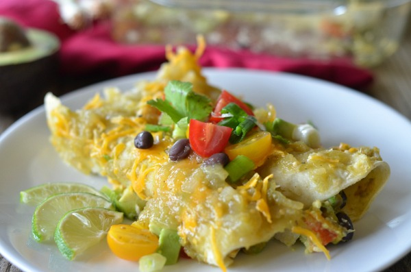 Avocado Enchiladas | mountainmamacooks.com #TacoTuesday