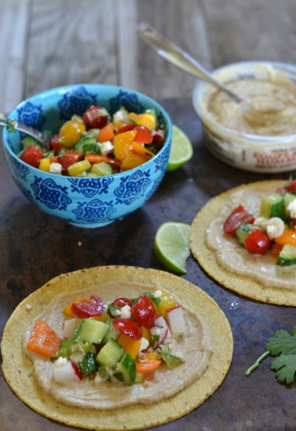 Hummus and Mexican Chopped Salad Tacos | mountainmamacooks.com