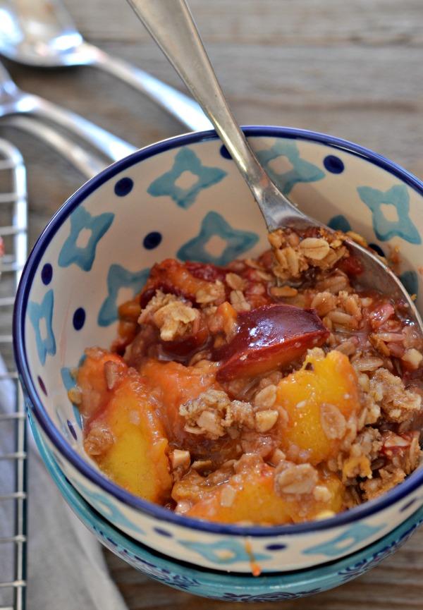 Peach Plum Crisp | mountainmamacooks.com