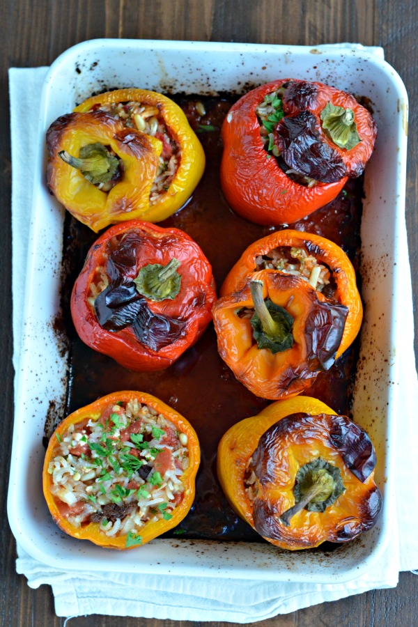 Greek Stuffed Peppers | mountainmamacooks.com