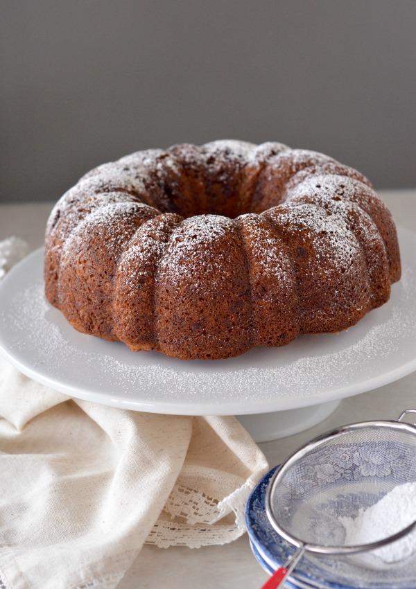 Cinnamon Swirl Brown Butter Banana Bundt Cake | mountainmamacooks.com