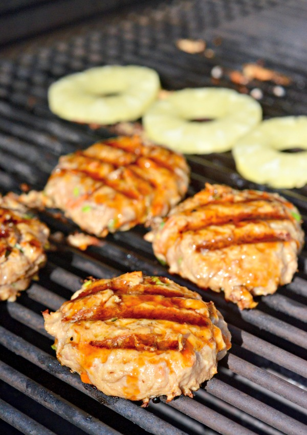 Teriyaki Turkey Burger | mountainmamacooks.com