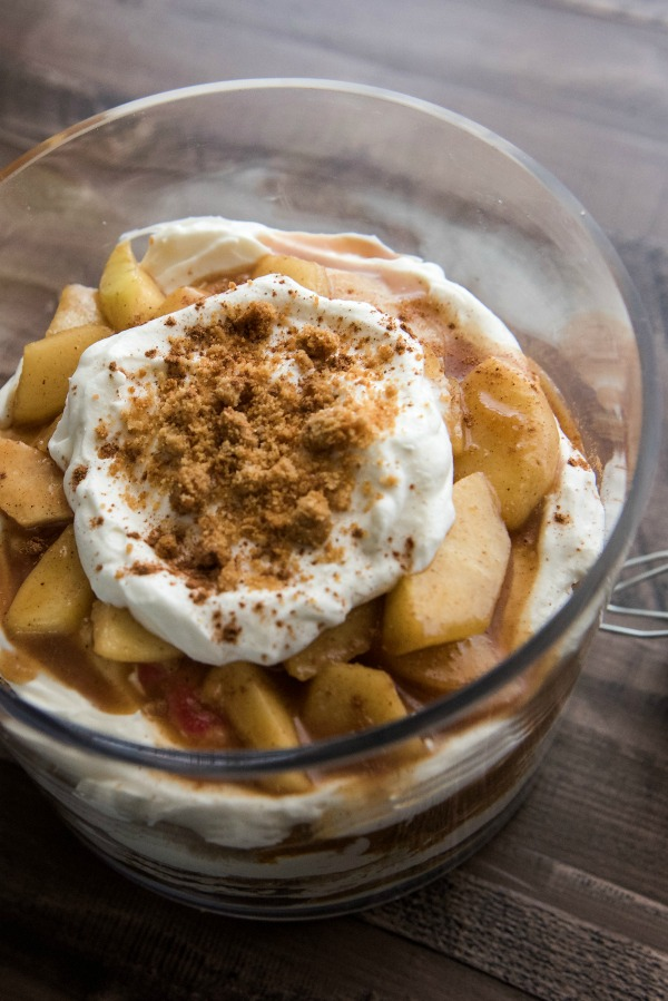 Apple Pie Trifle | www.mountainmamacooks.com