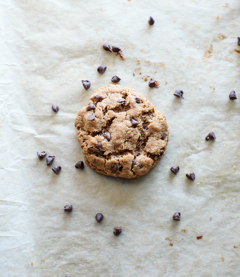 Flourless Almond Butter Cookies | www.mountainmamacooks.com