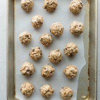 Peanut Butter and Honey Protein Balls | www.mountainmamacooks.com